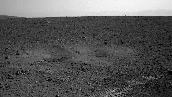 Снимок с марсохода Curiosity. Архив
