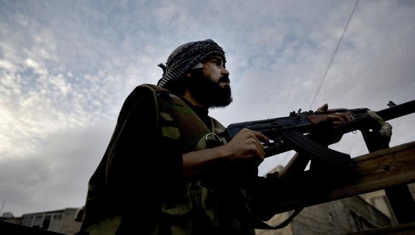 Член свободной армии Сирии. Архив