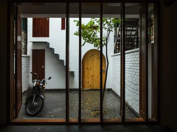 Refined Hanoi Home: реконструированный дом для музыкантов в Ханое