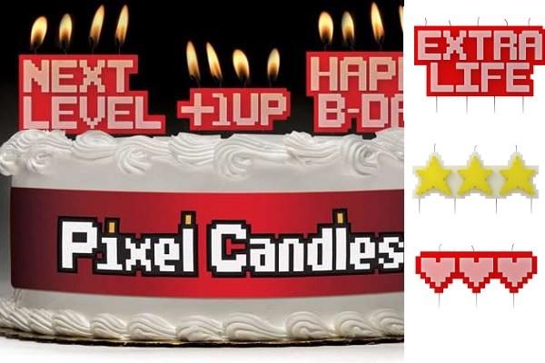 Пикселизованные свечи для гиковских тортов