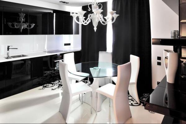 Кухня в чёрно-белых тонах