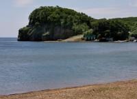 Побережье бухты Муравьиная у мыса Черепаха в Приморском крае
