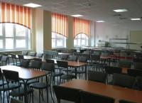 Подготовка одной из школ к 1 сентября. Архив