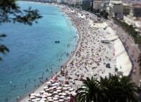 Пляж в Ницце, юго-восток Франции