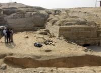 Раскопки гробницы принцессы Шерит-Напти в Абу-Сире близ Каира, Египет