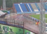 Стадион Труд во время дождя в Томске