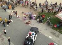 Автомобиль въехал в толпу людей в Калифорнии
