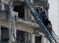 На месте взрыва в жилом доме в аргентинском городе Росарио