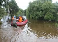 Работа спасателей во время паводков в с. Владимировка, Амурская область