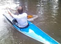 Новосибирцы проплыли на каяках по затопленной ливнем улице