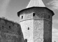 Наугольная башня кремля