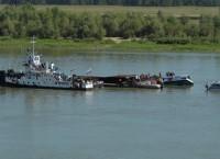 На Иртыше в Омской области столкнулись теплоход и баржа
