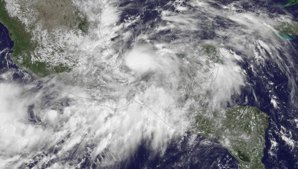 Спутниковый снимок шторма Ингрид. Фото с места событий