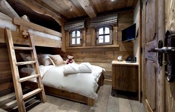 Спальня с двухъярусно кроватью