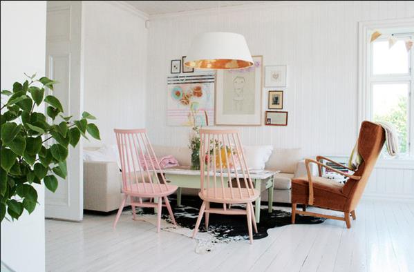 Белый дом в скандинавском стиле от Jeanette Lunde