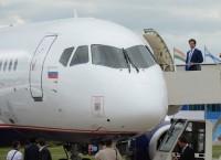 Российский ближнемагистральный пассажирский самолет Sukhoi Superjet 100-95 на Международном авиационно-космическом салоне МАКС-2013