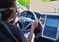 GlassTesla – Google Glass для управления электромобилем Tesla Model S