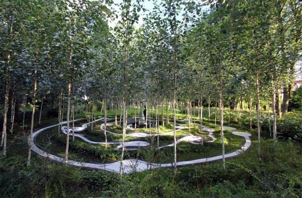 Постмодернистские зеленые ландшафты от Charles Jencks